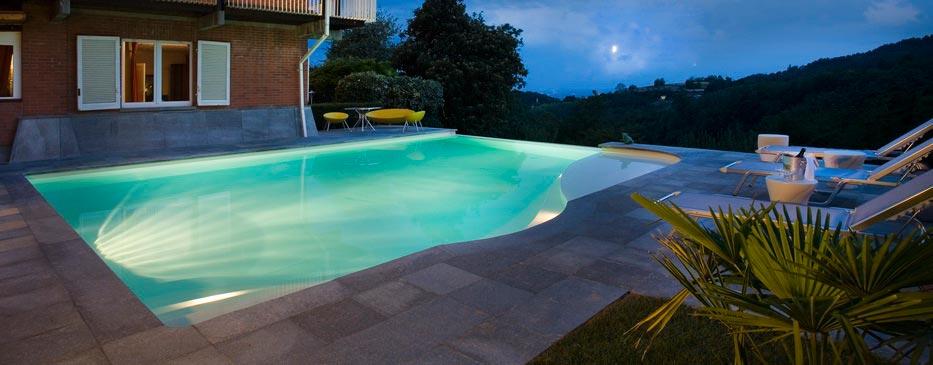 Realizzazione piscine italia for Piscine 4x8